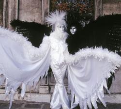09-angeli-della-notte