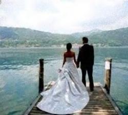 05-sposi-sul-lago