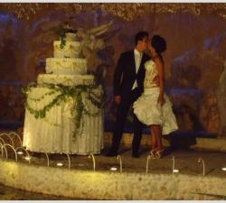 32-matrimonio-con-torta-gigante